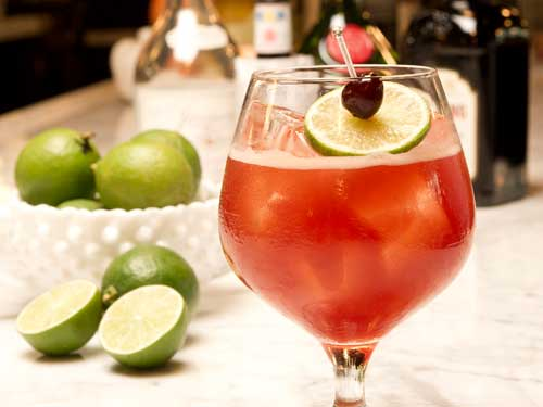 Singapore Sling di Amaro Bar di Marina Bay Sands
