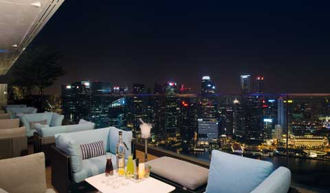 Bar di Atas Atap Marina Bay Sands