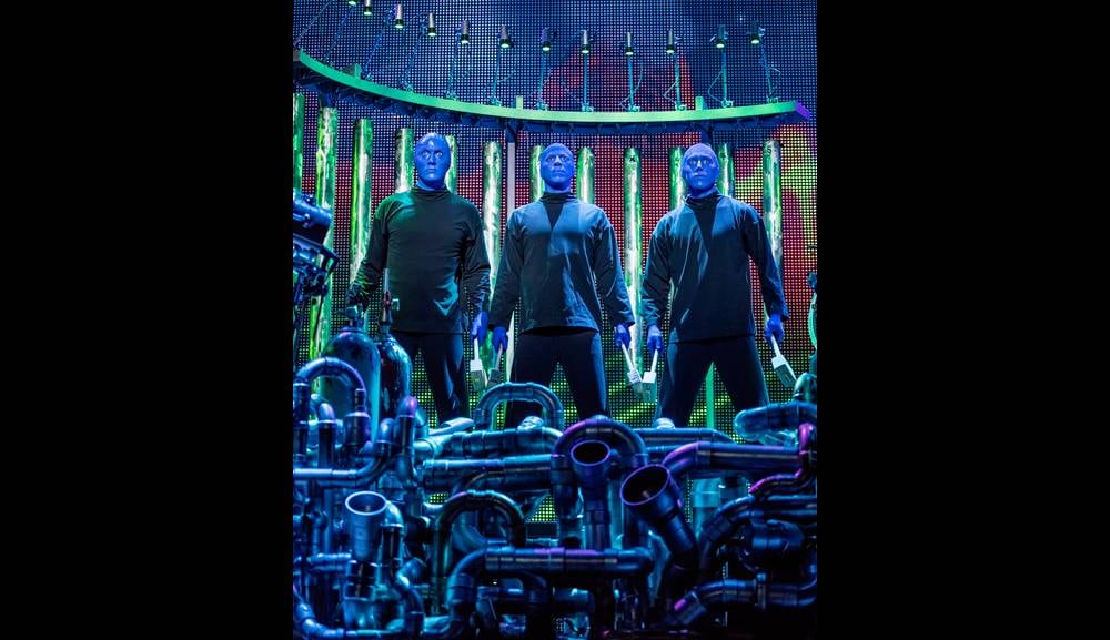 Blue Man Group di Marina Bay Sands, Singapura