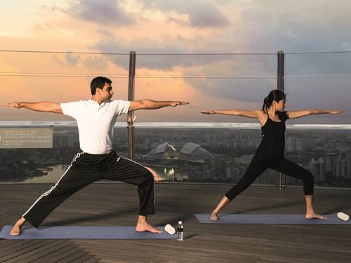 sunrise-yoga-banyan-tree-fitness di Banyan Tree Fitness Club di Singapura