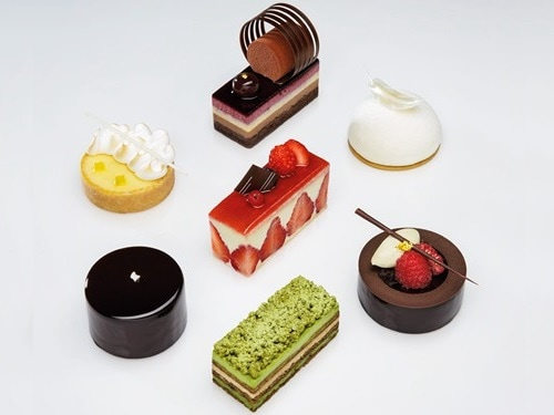 Patisserie Platine, Black Forest di Rise Lounge, The Shoppes, Marina Bay Sands